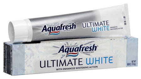 Отбеливающая зубная паста Aquafresh Ultimate White