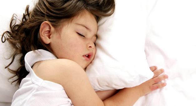 Скрип зубами во сне у ребенка